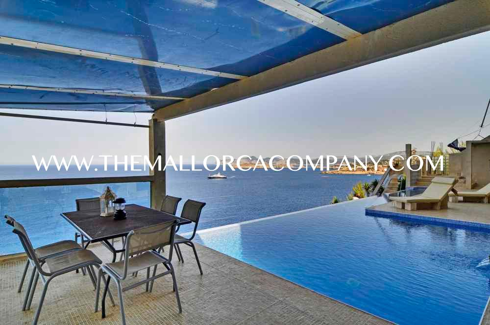 Modern style villa with amazing sea views in El Toro